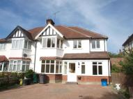 4 bed semi detached home to rent in Finchley Way, Finchley