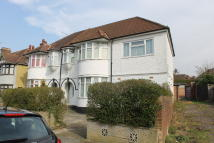 5 bed semi detached home in Colin Gardens, Colindale...