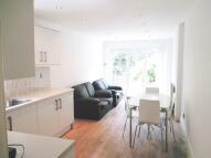2 bedroom Ground Flat in Douglas Road...