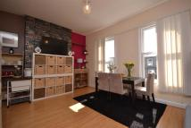 2 bed Flat in Nightingale Road...