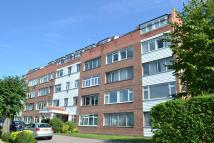1 bed Flat to rent in Sylvan Court...