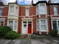 1 bed Flat in Newlands Road...