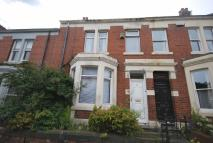 Terraced house to rent in Kimberley Gardens...