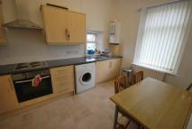 3 bed Flat to rent in Durham Road, Gateshead...