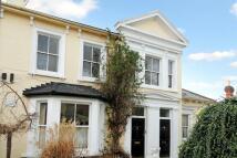 Flat to rent in Elfin Grove, Teddington