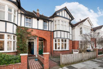 2 bedroom Apartment to rent in St Margarets