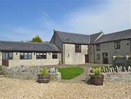 Barn Conversion in CARY FITZPAINE - NEAR...