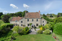 7 bed Detached house for sale in PILTON - BETWEEN...