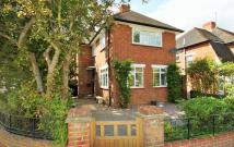 3 bed Detached house in Bridle Road, Croydon
