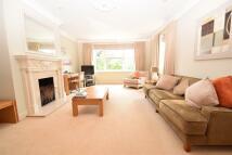 2 bedroom Apartment in Treetops, Caversham...