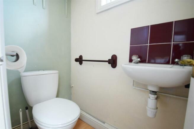 WC e.jpg