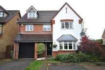 Detached property in Timbers Close...