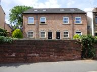 2 bedroom Flat to rent in Hainsworth Court...