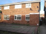 Flat to rent in Peach Road, Willenhall...