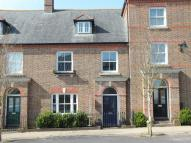 3 bedroom Town House in Whitecross Square...