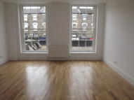 Flat in Wandsworth Road, London...