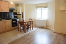 1 bed Flat to rent in Longley Road, London