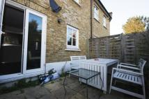 2 bed Mews in Alderney Road, E1