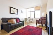 3 bed home in Prescot Street, E1