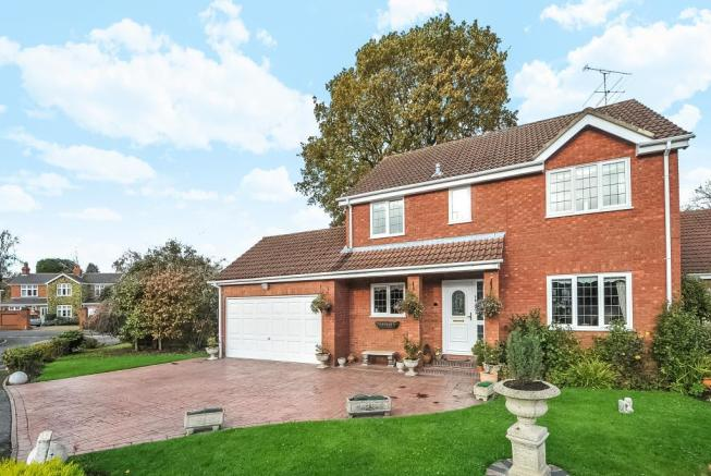 4 bedroom detached house for sale in bracknell berkshire rg42
