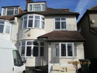 Maisonette in Large 3 Bedroom Flat To...