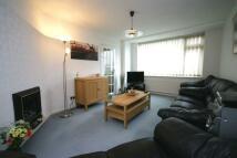 3 bed semi detached house in Leven Close, Hinckley