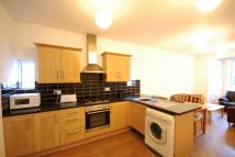 Flat to rent in Windmill Road, Ealing, W5