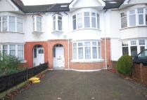 4 bedroom property to rent in Swyncombe Avenue, Ealing...