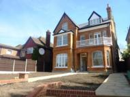 Apartment to rent in Helena Road, Ealing, W5