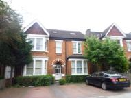 Flat in Creffield Road, Ealing...