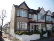3 bed property to rent in Northcroft Road, Ealing...