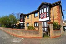 2 bed Apartment in Monmouth Grove...