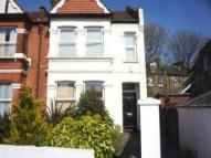 Drayton Road Flat to rent