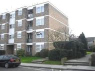 1 bed Flat to rent in Highcliff...