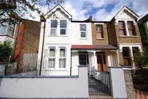 2 bed Apartment to rent in Netherbury Road, Ealing...