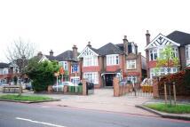 Gunnersbury Avenue Flat to rent