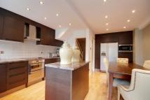 4 bed home in St Stephens Road, Ealing...