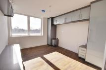 Apartment in St Johns Road, Isleworth...
