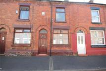 2 bedroom Terraced house to rent in Gladstone Street...
