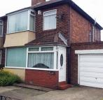 3 bedroom semi detached home to rent in High Pit Road...