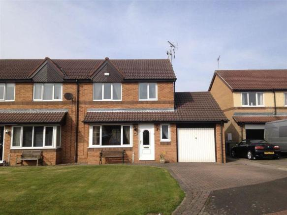 3 bedroom semi detached house for sale in pinewood avenue cramlington three bed semi detached for How much to move a 3 bedroom house