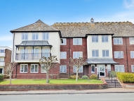 1 bed Ground Flat for sale in Sea Lane, Rustington