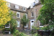 Town House to rent in St Marys Square...