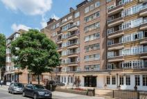 Apartment in Portsea Place...