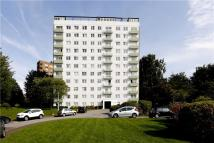 Flat for sale in Lakeside, 82 Eaton Drive...