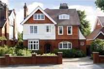6 bedroom Detached house in Southborough Road...