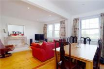 2 bed Apartment to rent in Home Park Walk...