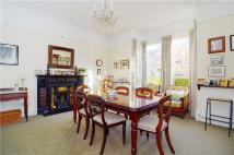 6 bedroom property in Fassett Road...