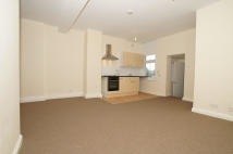 1 bedroom Flat in UPPER TOOTING ROAD...