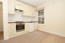 Studio apartment to rent in Ribblesdale Road, London...
